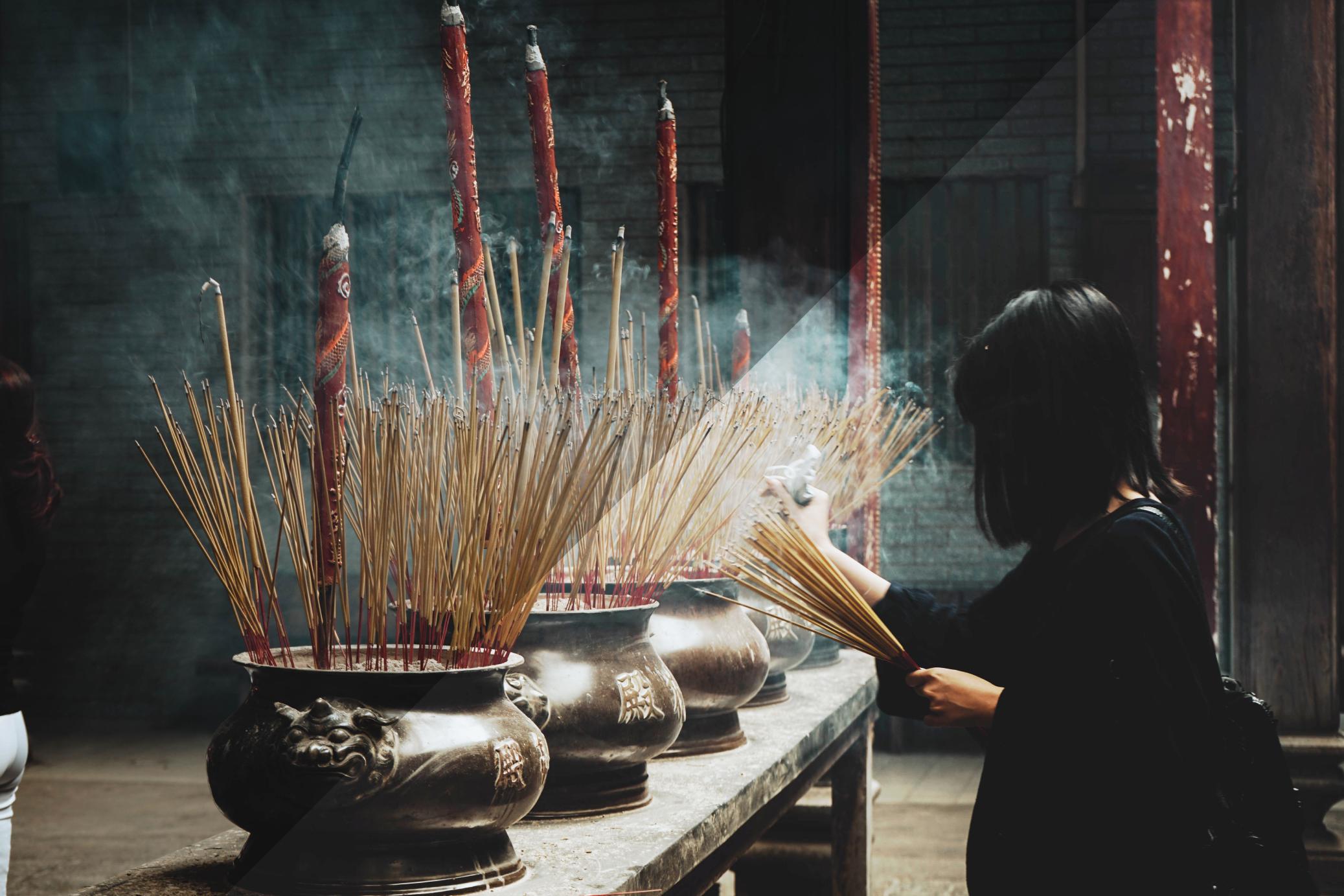 Magisches Ritual in Asien